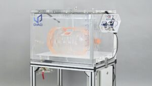 Large vacuum chamber for multiple packaging